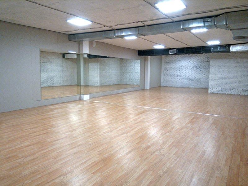 Танцевальный зал: 85 м2